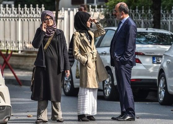 Il mistero del blogger saudita Khashoggi scomparso a Istanbul