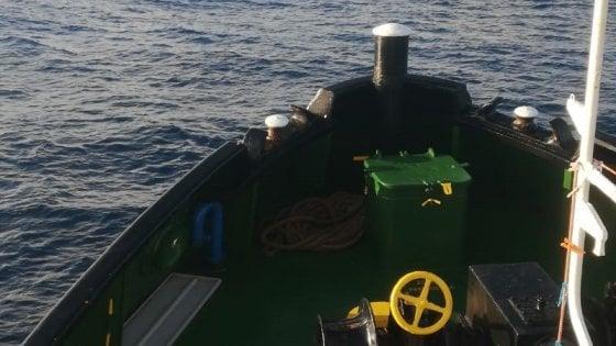 Migranti, la sfida delle associazioni italiane: una imbarcazione nel Mediterraneo per salvarli