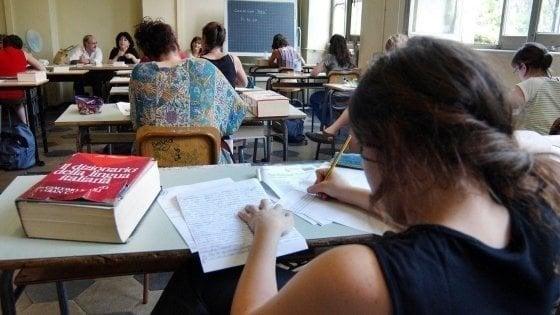 Maturità, così cambia l'esame: due prove scritte e più peso al percorso di studi