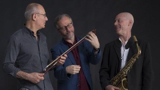 Diego De Silva e il Trio Malinconico, reading musicale tra jazz e aforismi