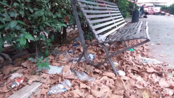 """Quanti rifiuti nei parchi urbani. """"E due su tre sono di plastica"""""""