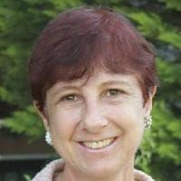 Verona, chi è Carla Padovani: la capogruppo Pd che ha votato contro l'aborto e aveva lasciato i dem per le unioni civili