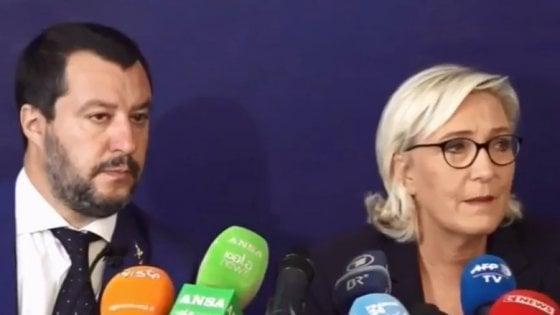 """Salvini e Le Pen all'attacco dell'Ue. E lanciano il """"Fronte della libertà"""" alle prossime elezioni europee"""