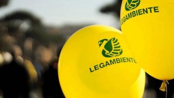 """Dalle fonti rinnovabili alle scuole sicure: le proposte di Legambiente per una manovra più """"green"""""""