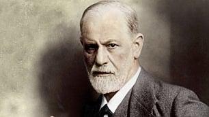 Sotto lo sguardo analitico di Sigmund Freud
