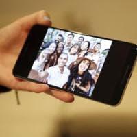 Google rilancia i suoi smartphone: ecco il Pixel 3 e 3XL. Con una fotocamera super