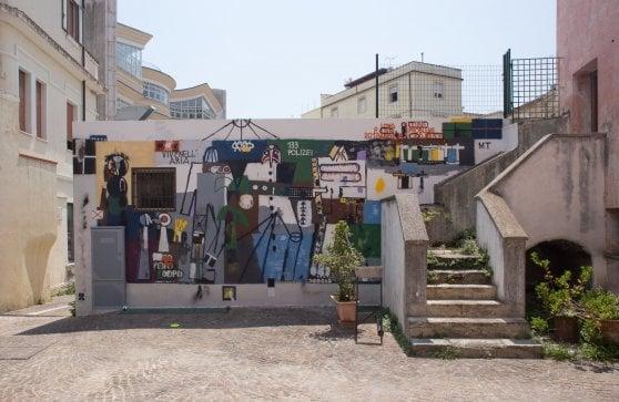 Non solo Banksy e non solo graffiti: la street-art che evolve