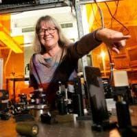 RLab / Le donne la scienza e i pregiudizi da abbattere