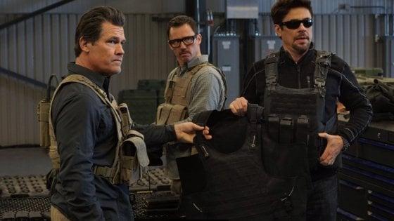 """'Soldado', Sollima e il suo film hollywoodiano: """"Intrattenimento ma anche attualità"""""""