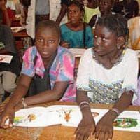 Senegal, ragazze sfruttate sessualmente e molestate nelle scuole: fine del
