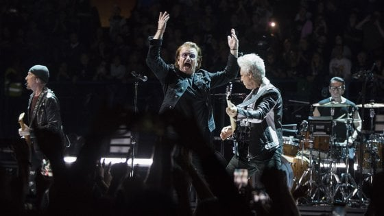 Bono e gli U2, anche a Milano standing ovation al rock per l'Europa unita