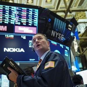 Fallisce il rimbalzo delle Borse, spread ancora in salita sopra quota 300
