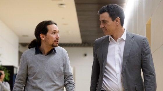 Pablo Iglesias e Pedro Sanchez