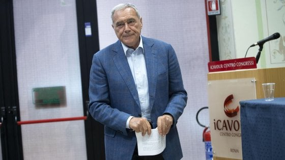 """Leu, Grasso lancia un manifesto in 8 punti: """"Voglio un partito autonomo"""". E va allo scontro con chi guarda al Pd"""