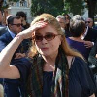 Funerali Barbara Mastroianni a Roma, c'è anche Catherine Deneuve