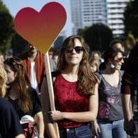 Berlino, a migliaia in piazza contro il razzismo