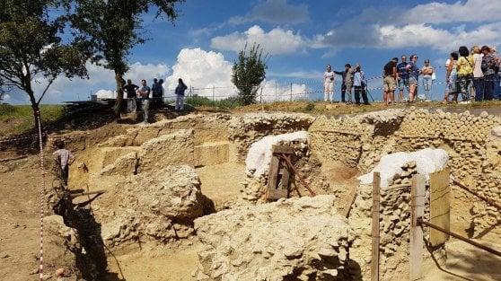 La tomba del bambino vampiro che svela i riti romani contro la malaria