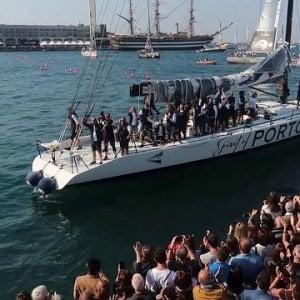 La Barcolana 50, regata da record. E anche la difesa dei migranti veleggia a Trieste