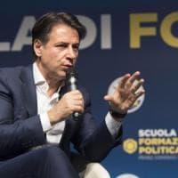 """Giuseppe Conte: """"Reddito di cittadinanza su base geografica"""""""