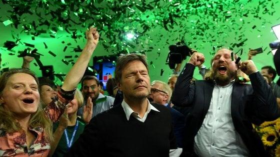 Baviera: crollo Csu, sorpresa Verdi al 18%. E in Parlamento entra la destra di Afd