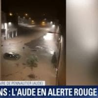 Alluvione nel sud della Francia: 5 morti, livelli di piena dell'Aude mai