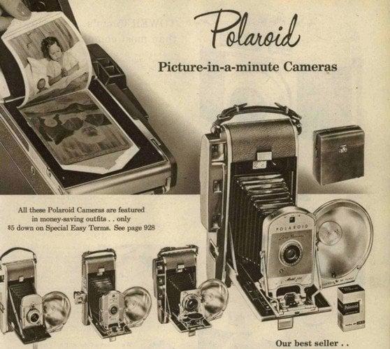 Macchine fotografiche in un vecchio catalogo Sears