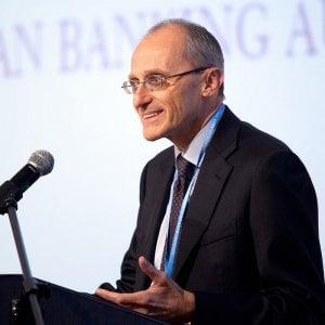 Enria, alert alle banche: Progressi sul capitale non sufficienti
