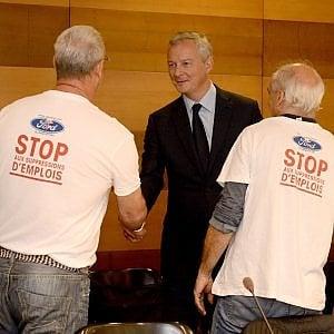Il ministro delle finanze Bruno Le Maire incontra i lavoratori della Ford di Blanquefort