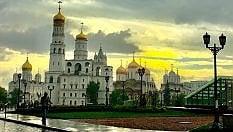 Mosca e San Pietroburgo. Due capitali di cuiè facile innamorarsi