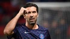 Buffon e l'invidia di Dani Alves: il siparietto sotto la doccia