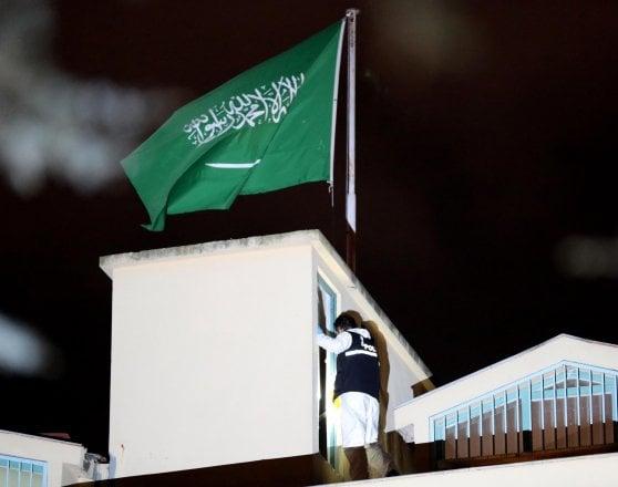 """Khashoggi, l'Arabia Saudita prepara la sua versione: morte dovuta a interrogatorio """"andato male"""""""