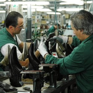Istat, cresce l'attività delle industrie italiane ad agosto