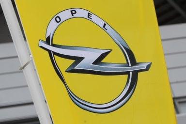 """Opel: """"Non usiamo  impianti di manipolazione dei gas di scarico"""""""