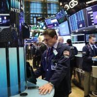 Le Borse avanzano contrastate, spread in risalita