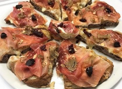 Sorpresa: il pizzaiolo veneto sbaraglia la concorrenza nella capitale della pizza