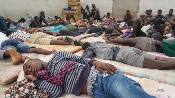 """Migranti, allarme diritti umani: """"Uno su due riportato in Libia"""""""