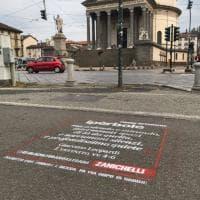 Scrivila per strada: così si salvano le parole in pericolo