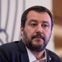 """Salvini risponde a Elizabeth: """"Sulla cittadinanza troppi furbetti che danneggiano gli..."""