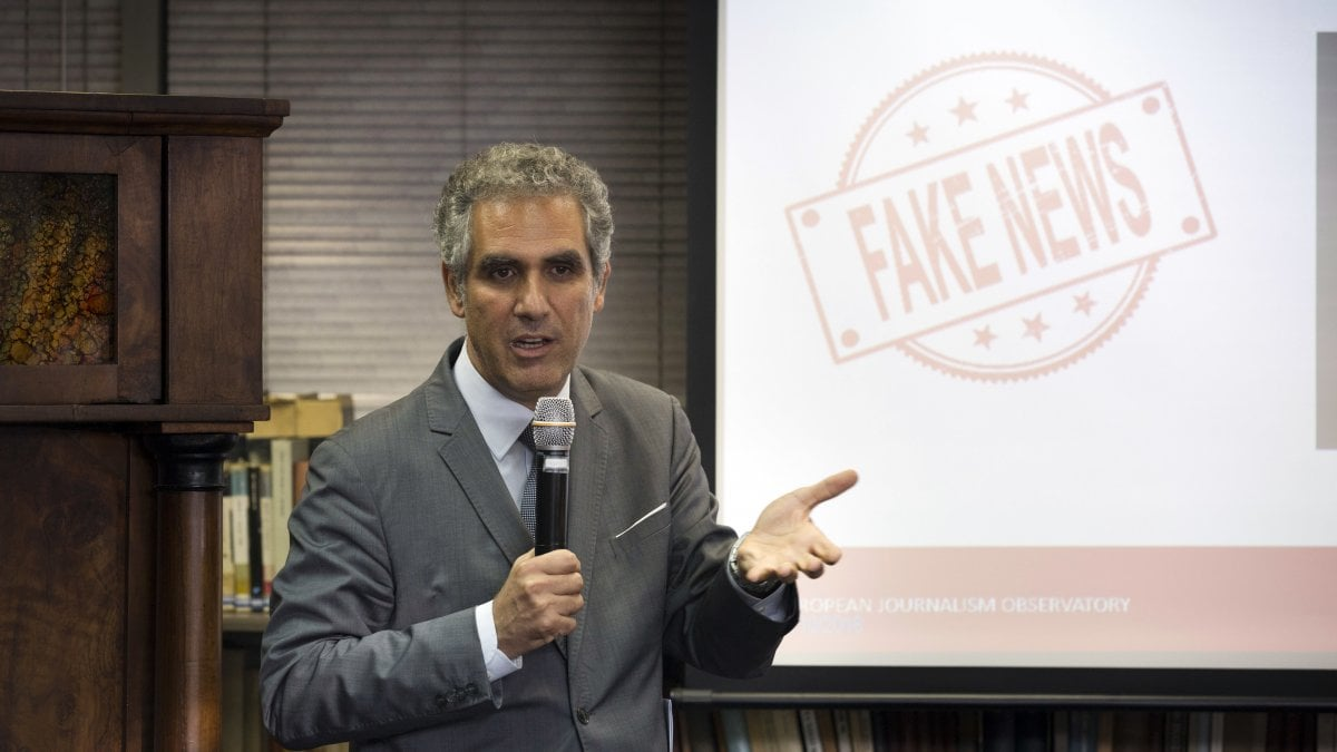 Rai foa europarlamentari dem pagati da soros il pd for Numero parlamentari pd
