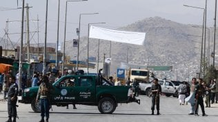 L'Afghanistan al voto nel sangue: 192 attentati ai seggi