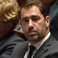 """Poliziotti italiani alla frontiera, Castaner: """"Ne parlerò con Salvini"""". Il vicepremier:..."""