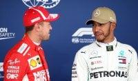 Pole di Hamilton, Ferrari in prima fila con Raikkonen