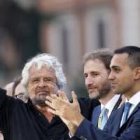 """Grillo contro Quirinale, """"Troppi poteri"""". Ma il Movimento lo scarica: """"Non ha ruoli:..."""