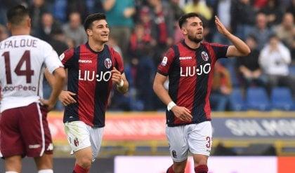 Bologna caparbio, doppia rimonta Con il Torino finisce pari: 2-2