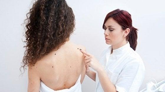 Melanoma, la doppia immunoterapia mantiene l'efficacia anche dopo 4 anni