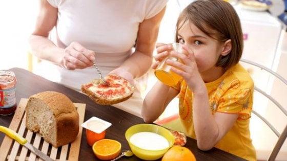 Bambini: dalla colazione alla cena, gli abbinamenti giusti per crescere bene