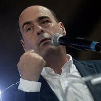 """Pd, Zingaretti: """"O cambia o non ha senso"""". E i comitati civici di Renzi dividono il..."""