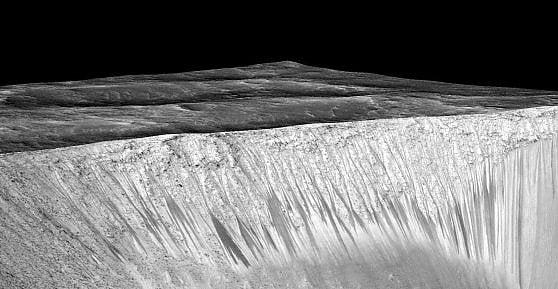 L'acqua di Marte è ricca di ossigeno. Lo studio Usa sulla scoperta italiana: ''Vita possibile''