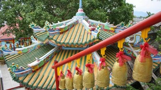 La campane suonano a Shanghai per scacciare la tristezza