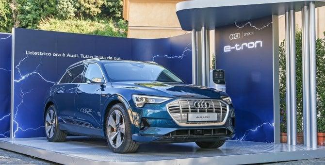 """Offensiva elettrica, Audi ed Enel X """"ricaricano"""" l'auto"""